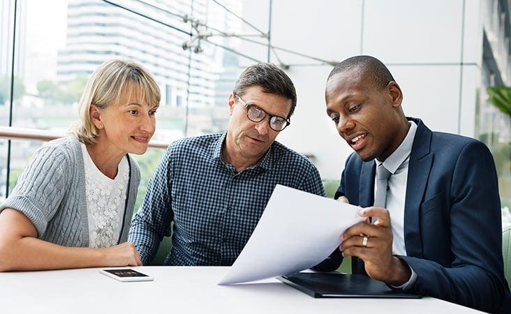Financial_Advisor_or_Robo_Advisor